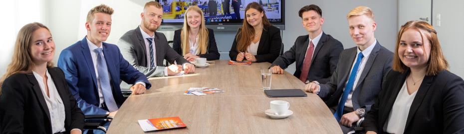 Ausbildung Bankkauffrau Bankkaufmann Mit Dualem Studium Bachelor Of Arts 2021 Vr Bank Eg Bergisch Gladbach Leverkusen